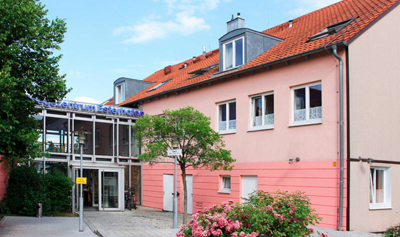 pflegezentrum_esterhofen_slider